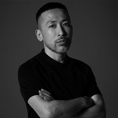 NARSグローバルアーティストリーディレクター 伊藤貞文